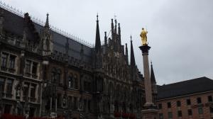 Fachada del Neues Rathaus