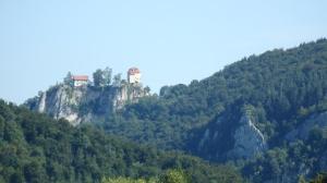 Castillos y valles, de eso se trata hoy