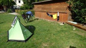 Y esto es el camping después...