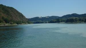 Aquí se mezcla dos de los tres ríos , a escasos metros de la pensión...