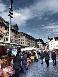 La Markplatz en día de mercado